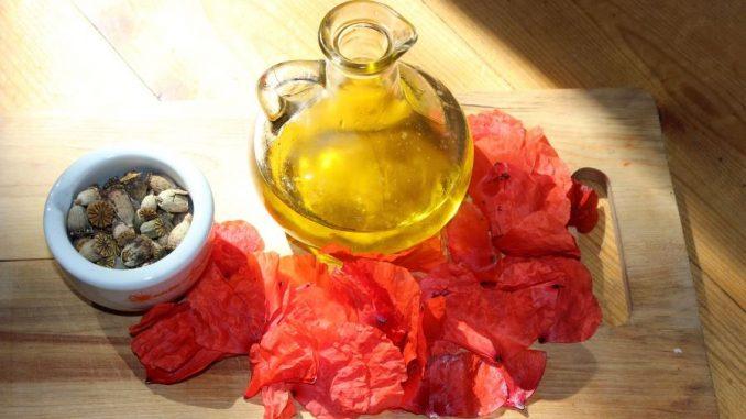 Anti-Cellulite-Öl selber machen; hier ein Mohnblüten-Öl